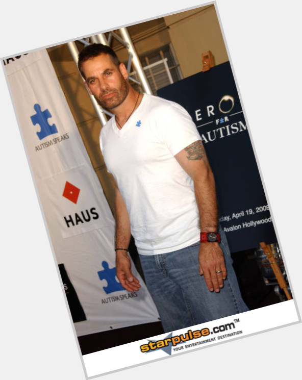 Adrian Pasdar dating 10.jpg