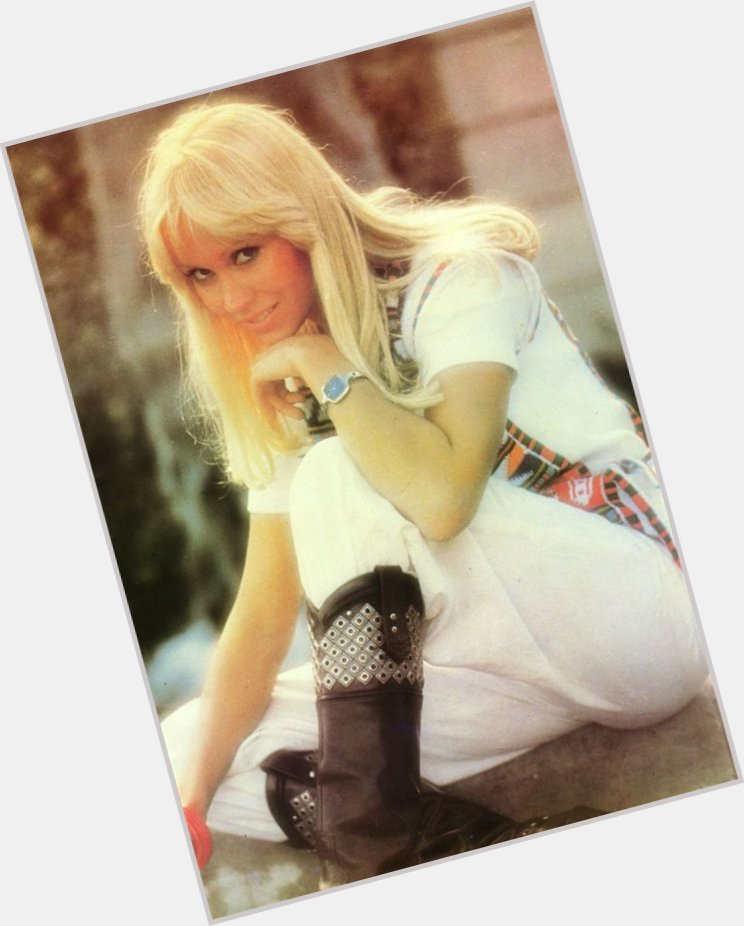 Agnetha Faltskog full body 11.jpg