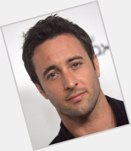 Alex O Loughlin dating 1.jpg