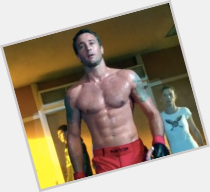 Alex O Loughlin full body 11.jpg