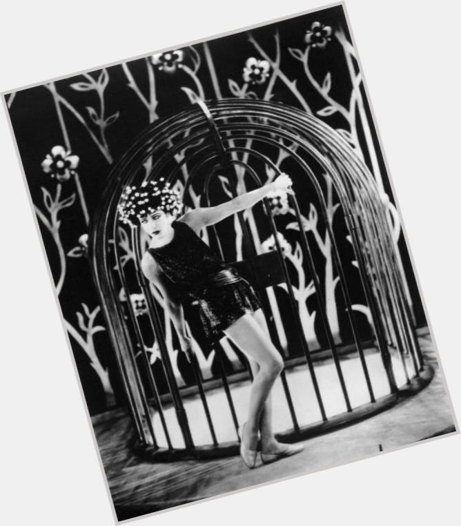 Alla Nazimova full body 9.jpg