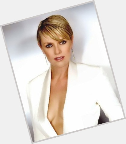 Amanda Tapping full body 8.jpg