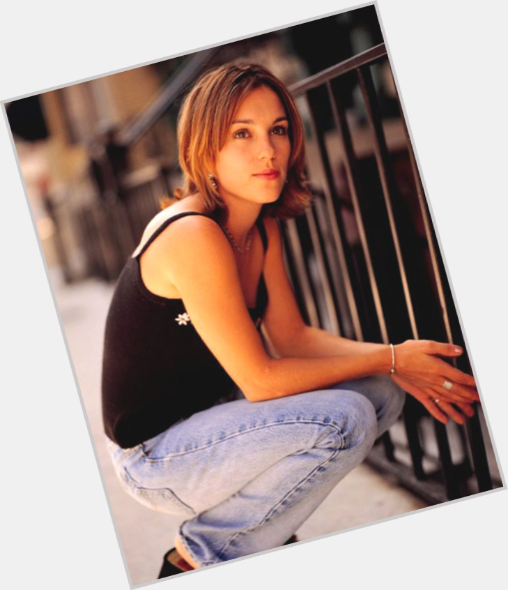 Amy Jo Johnson exclusive hot pic 10.jpg