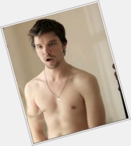 Andrew Lee Potts sexy 5.jpg