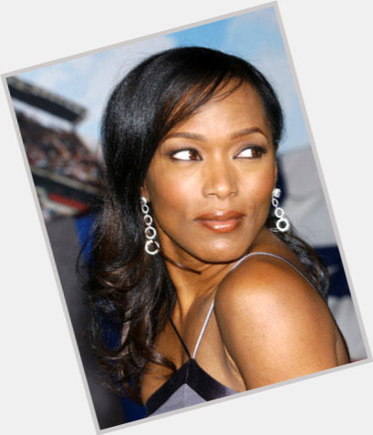 Angela Bassett dating 9.jpg