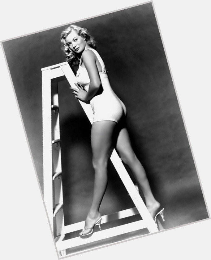 Anita Ekberg full body 11.jpg