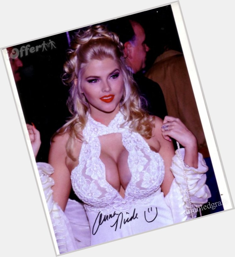 Anna Nicole Smith young 10.jpg