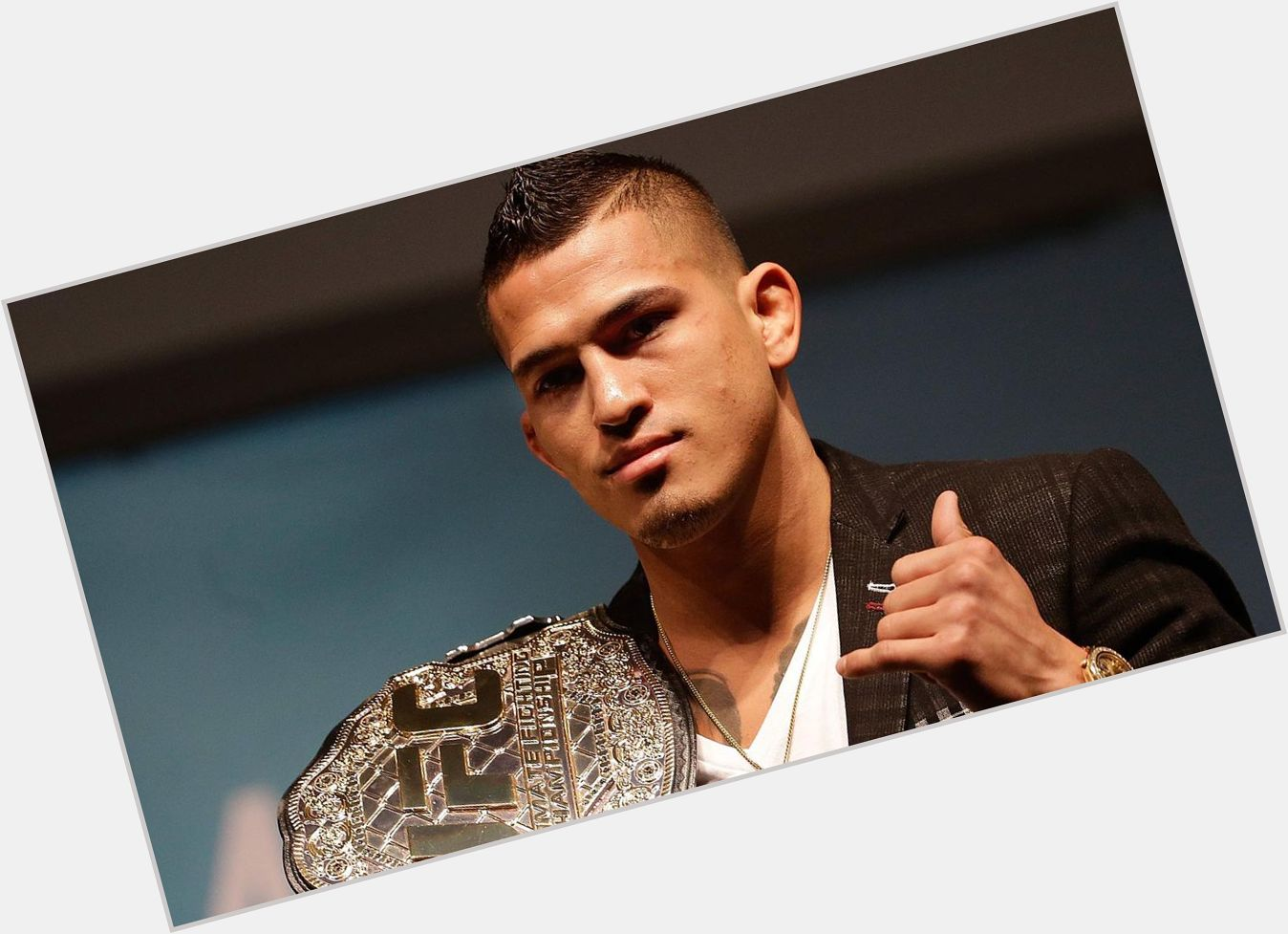 Anthony Pettis new pic 0.jpg