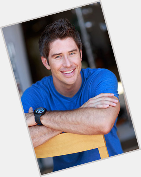 Is Arie From The Bachelorette Hookup Anyone