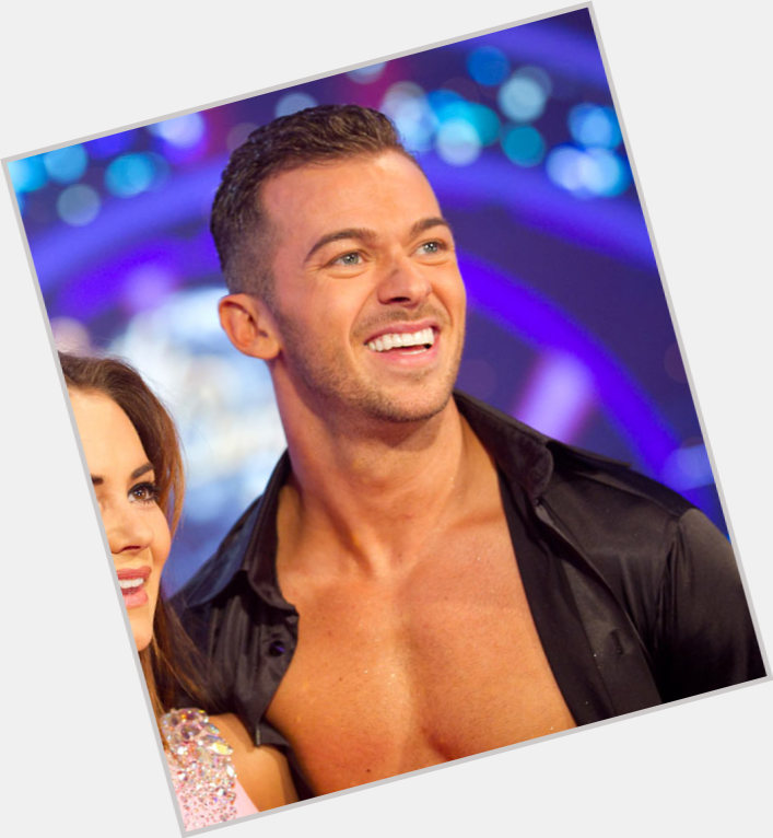 are lea and artem dating