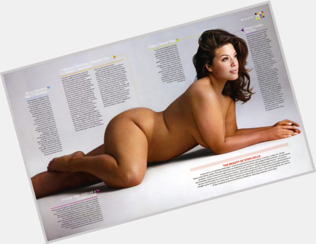 Ashley Graham full body 3.jpg