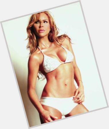 Aylin Mujica man crush 11.jpg