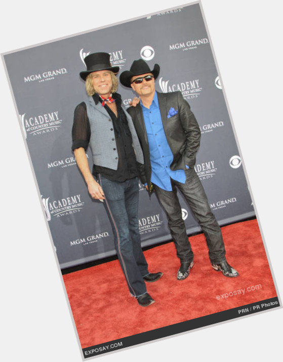 Big And Rich exclusive hot pic 11.jpg