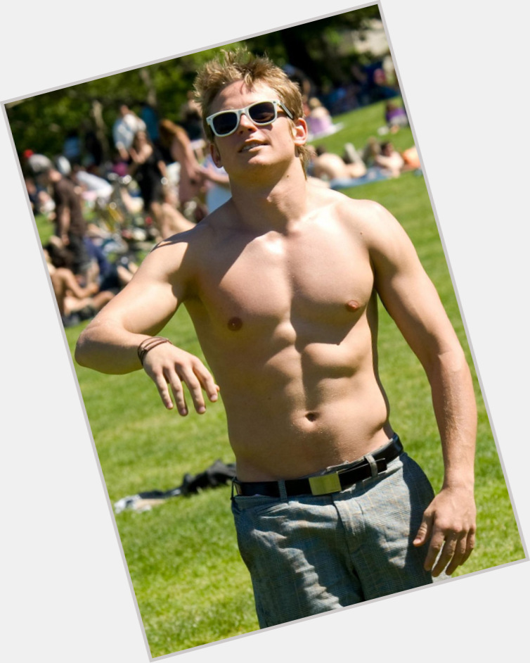 Billy Magnussen dating 5.jpg