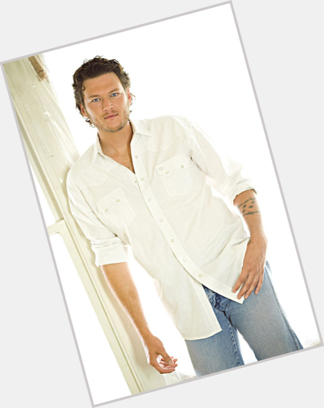 Blake Shelton full body 7.jpg