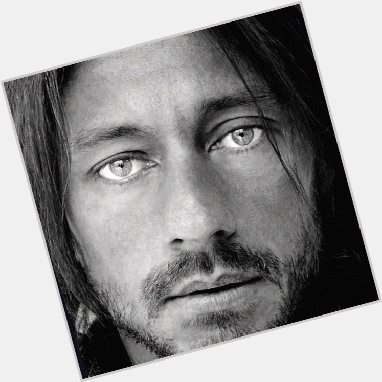Bob Sinclar dating 4.jpg
