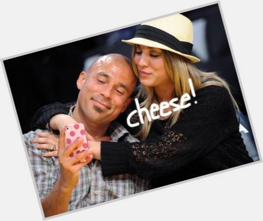 How long vanessa hudgens and austin butler been dating