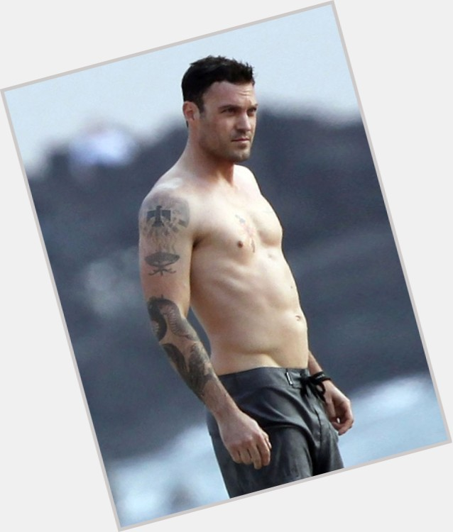 Brian Austin Green dating 3.jpg