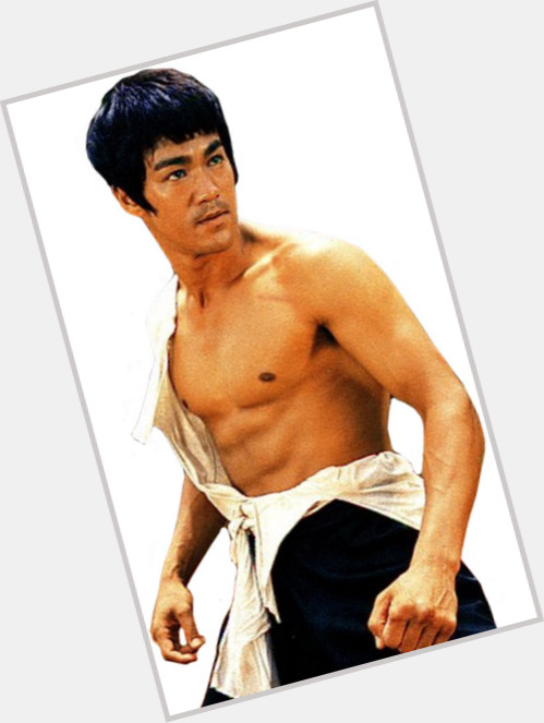 Bruce Lee full body 11.jpg