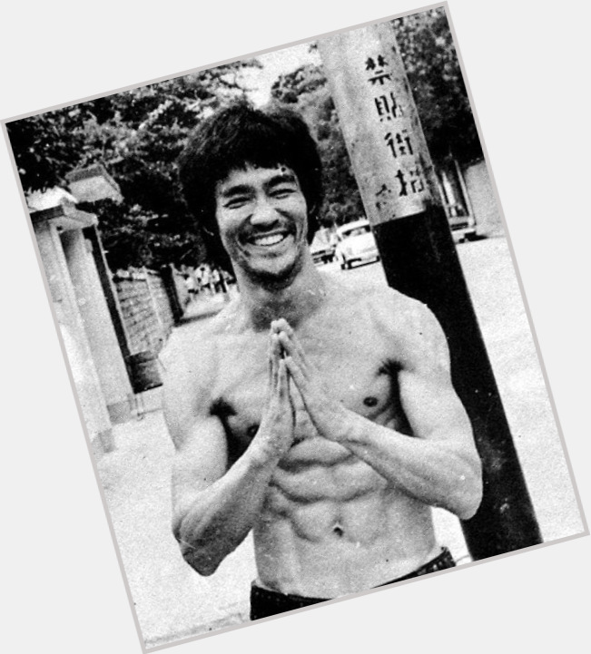Bruce Lee full body 4.jpg