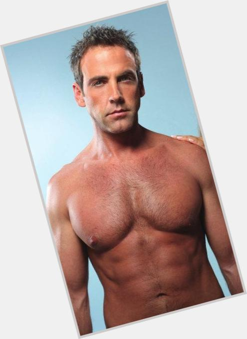 Carlos Ponce full body 7.jpg