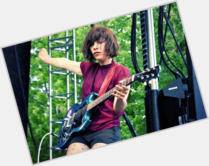 Carrie Brownstein sexy 9.jpg