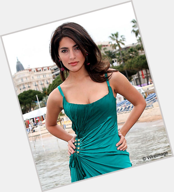 Caterina Murino exclusive hot pic 4.jpg