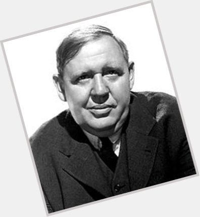 Charles Laughton young 8.jpg