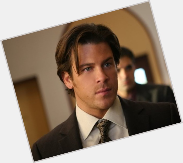 Christian Kane body 4.jpg
