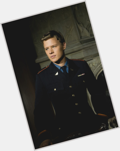 Christopher Egan celebrity 6.jpg