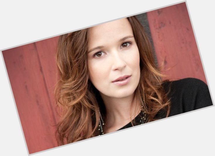 Claire Van Der Boom Body