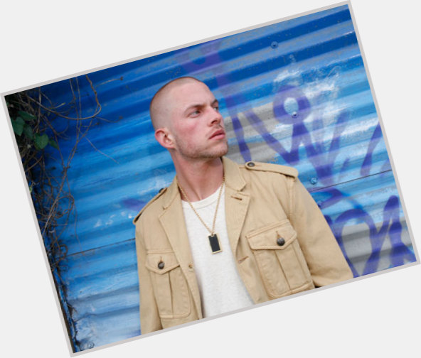Collie Buddz dating 7.jpg