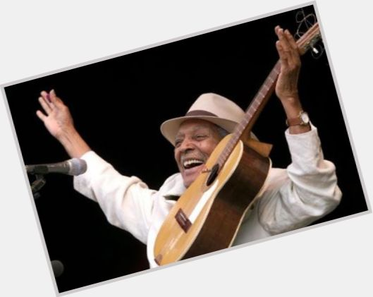 Compay Segundo full body 8.jpg