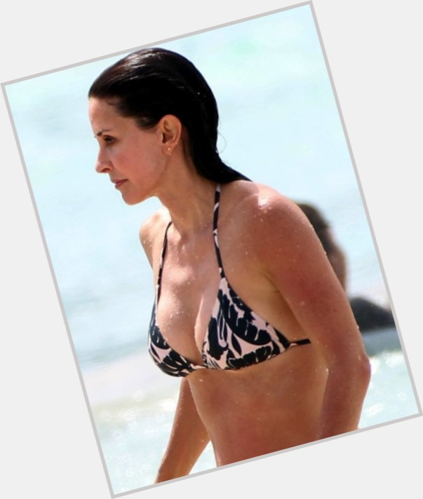 Courtney Cox new pic 10.jpg