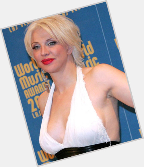 Courtney Love exclusive 4.jpg