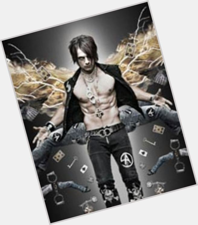 Criss Angel body 4.jpg