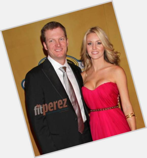 is dale jr still dating amy Dale earnhardt, jr has a new girlfriend, amy reimann the two have been a rumored item for more than a year, but they finally took their relationship public last friday in vegasthe public conforma.
