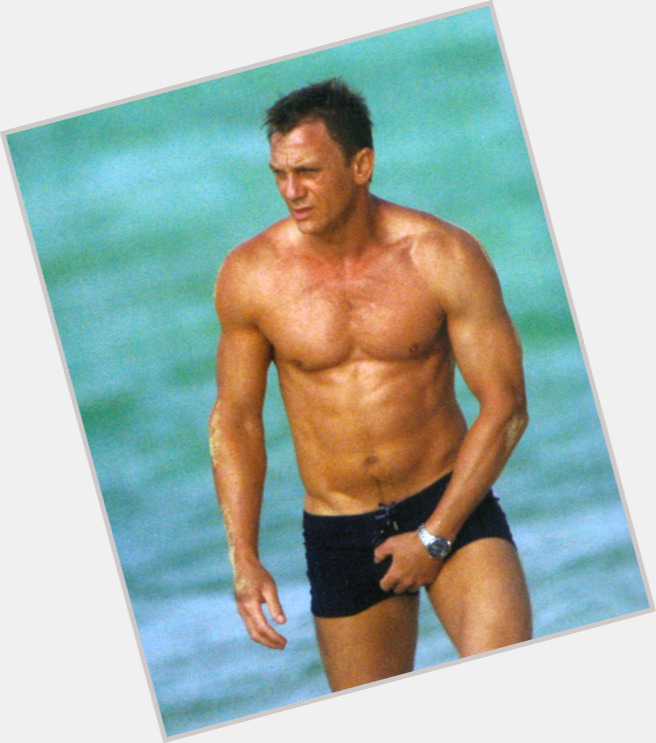Daniel Craig Official Site For Man Crush Monday Mcm