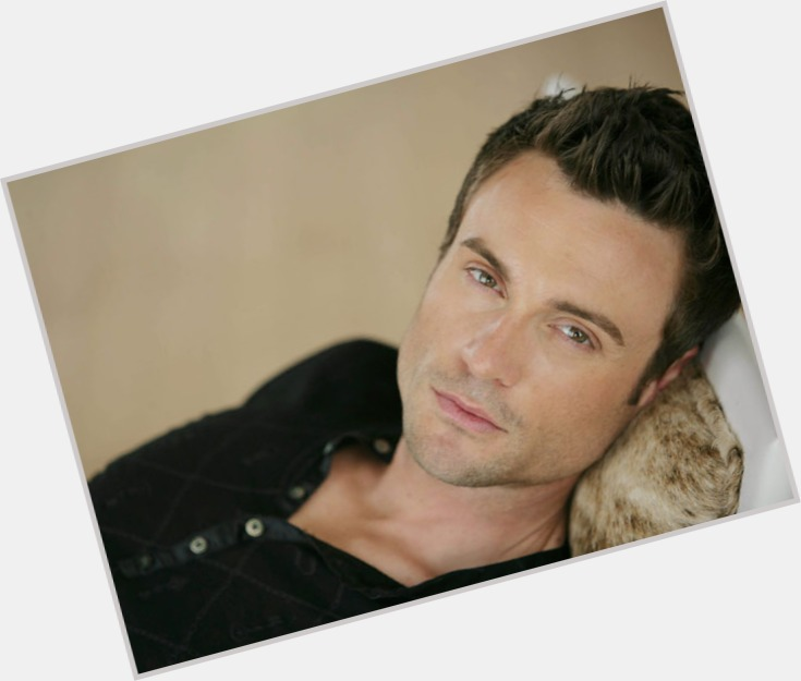 Daniel Goddard dating 9.jpg