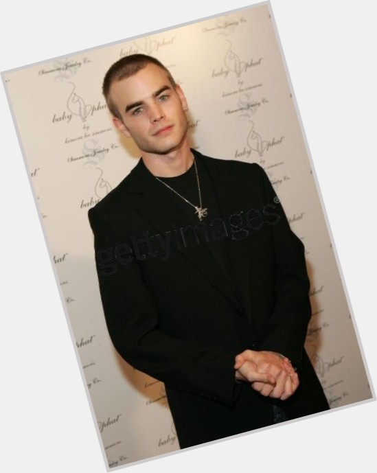 David Gallagher full body 7.jpg