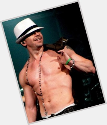 Donnie Wahlberg new pic 10.jpg