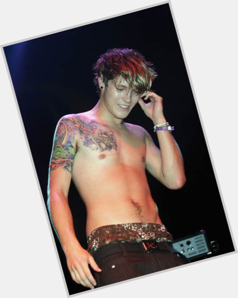 Dougie Poynter full body 7.jpg