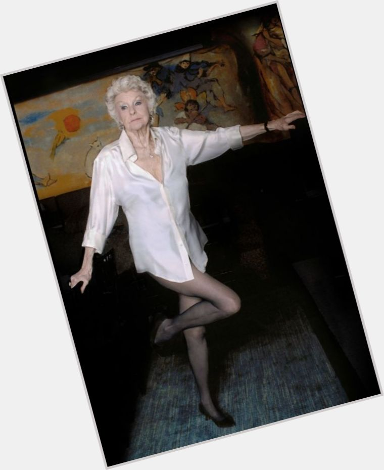 Elaine Stritch full body 3.jpg
