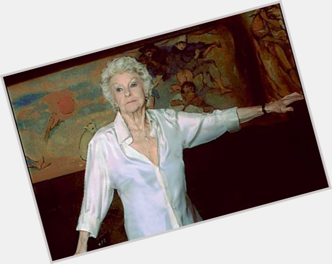 Elaine Stritch sexy 9.jpg