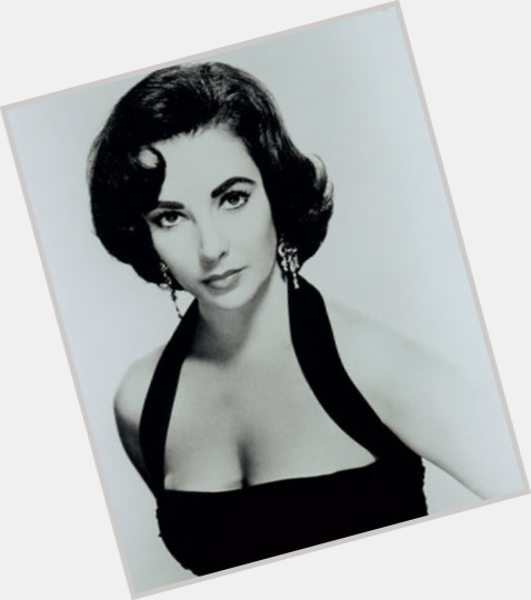 Elizabeth Taylor full body 1.jpg