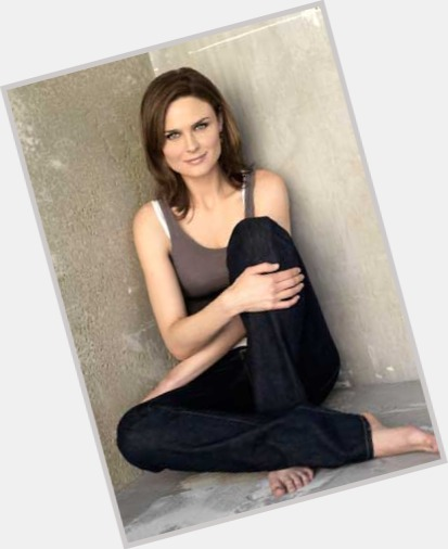 Emily Deschanel Official Site For Woman Crush Wednesday Wcw