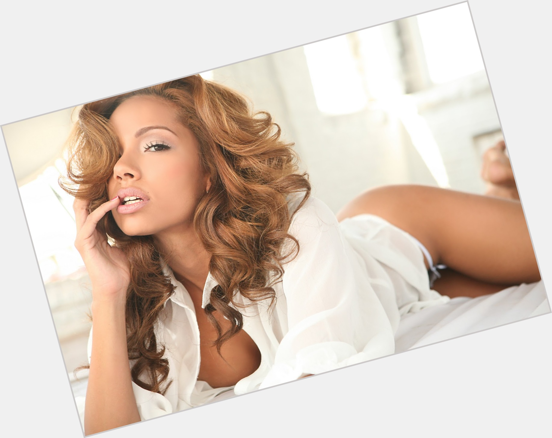Erica Mena exclusive hot pic 5.jpg