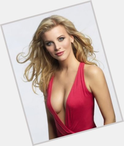 Eva Habermann full body 6.jpg