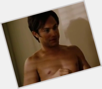 Gael Garcia Bernal new pic 4.jpg