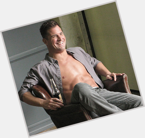 George eads shirt off apologise, but